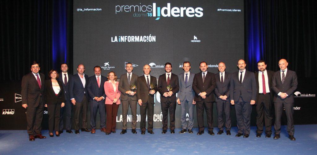 Foto-de-familia-Premios-Líderes-LA-INFORMACIÓN